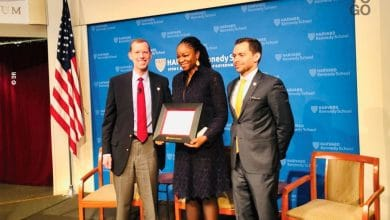 Photo of Togo : Cina Lawson a reçu son prix « Public Service Award » de Harvard Kennedy School