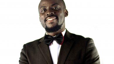 Photo of Portrait : Urbain Amoussou, le jeune fondateur de « AGAU Éditions »