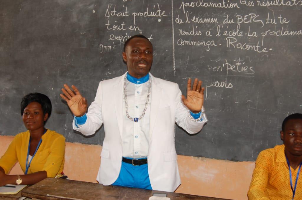 Apotre Raphaël AHONSOU, Président de l'ONG Défi du Futur