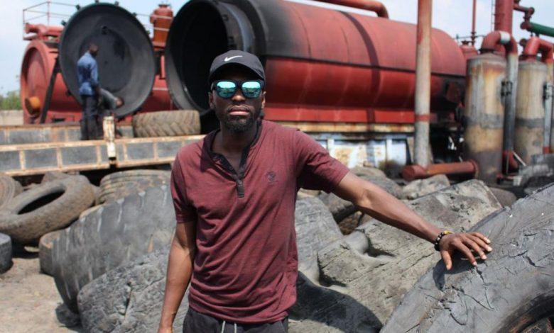 Seth Quansah, l'entrepreneur ghanéen qui transforme des pneus en carburant
