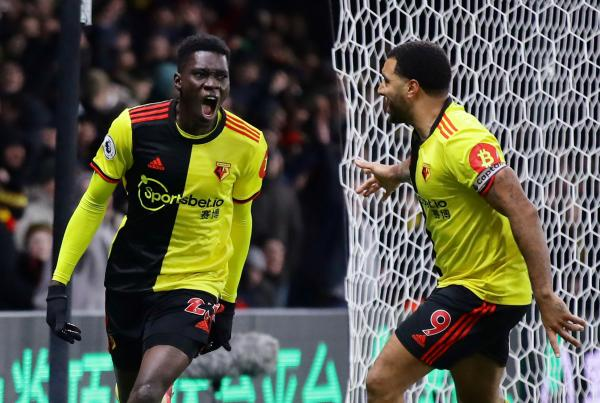Ismaïla Sarr et Watford mettent fin à la série d'invincibilité des Reds. 19e au coup d'envoi de cette rencontre, Watford bat les leaders de Premier League lors de la 28e journée sur un score net de 3-0.