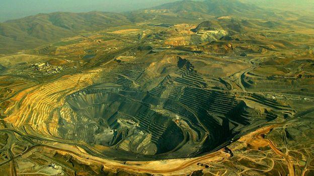 Tanzanie : sept citoyens poursuivent en justice Barrick Gold, le géant d'extraction d'or
