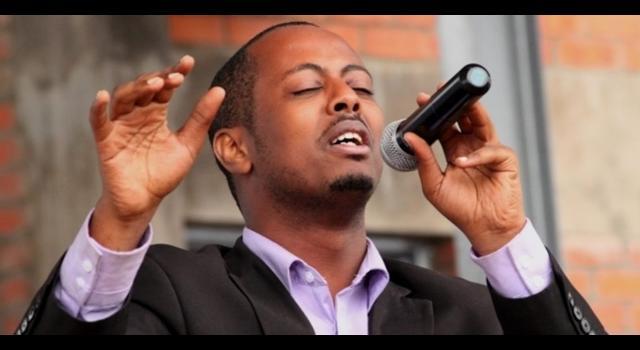 L'artiste Rwandais gospel Kizito Mihigo retrouvé mort dans sa cellule