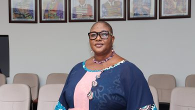Photo of Togo : A 51 ans, Denise Yawa Uzem Mensah obtient son baccalauréat et reçoit des hommages de l'Université de Lomé
