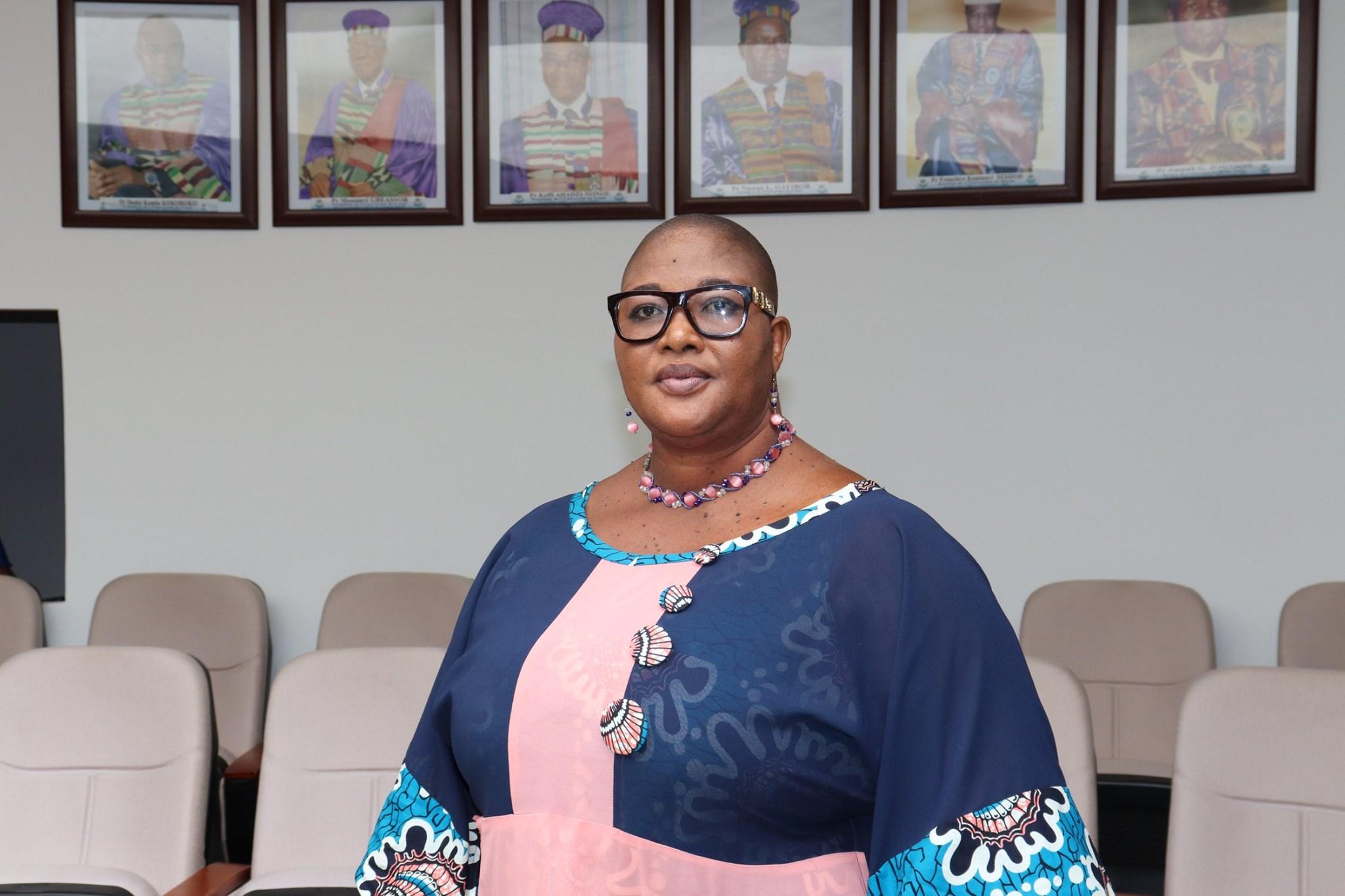 Denise Yawa Uzem Mensah obtient son baccalauréat à 51 ans