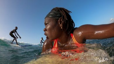 Photo of Portrait : Khadjou Sambe, le visage féminin du surf sénégalais