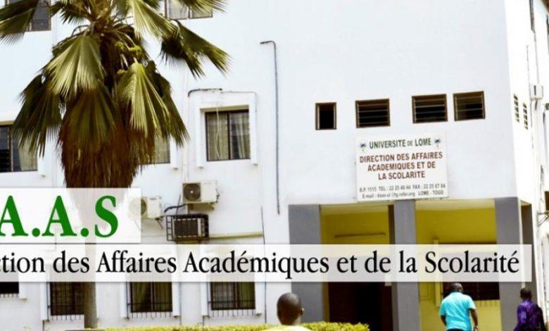 Soutenances de thèse à l'Université de Lomé Soutenances de thèse à l'Université de Lomé