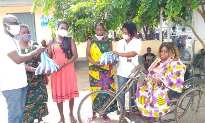 L'ONG Voie Eclairée Des Enfants Démunis