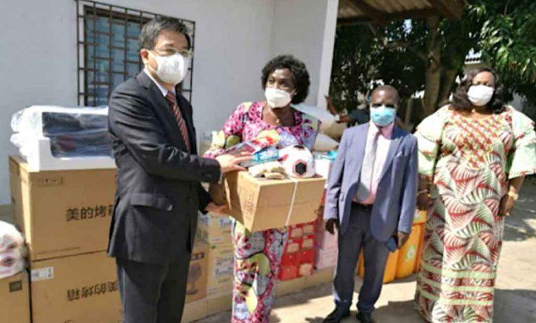 La Chine fait d'importants dons au ministère de l'Action Sociale du Togo