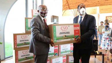 Photo of Coronavirus : la Tanzanie reçoit son lot du remède malgache Covid-Organics