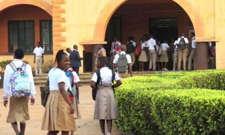 Aide aux écoles privées togolaises