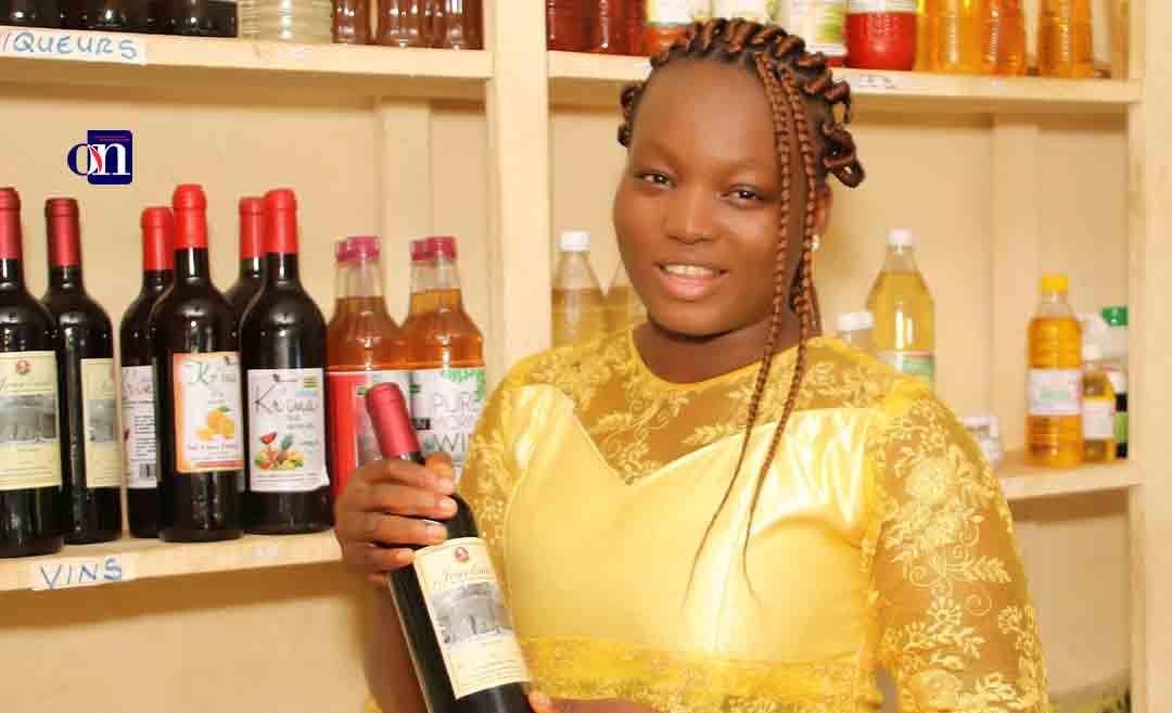 Originaire de la préfecture de l'Ogou, Lucia Allah-Assogba a vu le jour le 13 décembre 1991 à Lomé. À 29 ans, elle peut être fière d'être comptée parmi les meilleurs entrepreneurs africains de ces trois (3) dernières années. Elle fut en 2017 la lauréate du premier Prix Jeune Entrepreneur Francophone à Paris (France) organisé par l'OIF et ne cesse depuis de glaner les trophées les uns après les autres. En avril 2019, elle fut décorée par le Chef de l'État Togolais.
