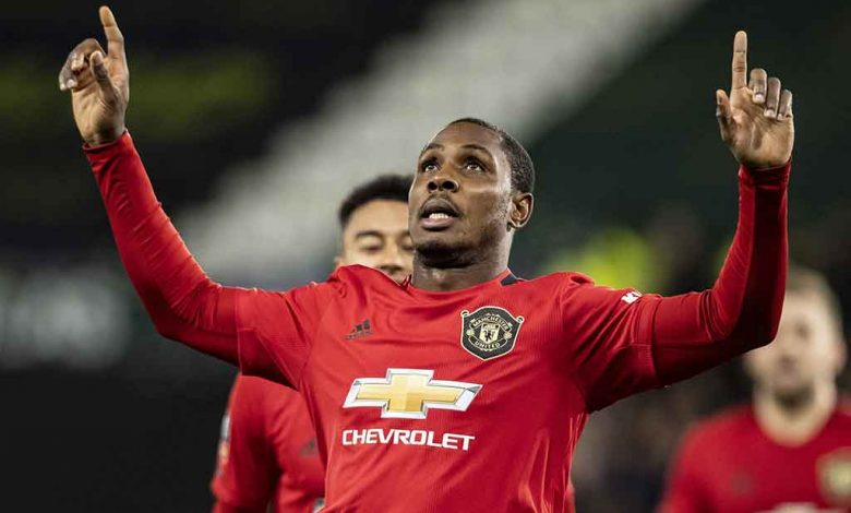 Odion Ighalo prolonge à Manchester United