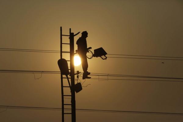 Projet d'électrification rurale au Togo