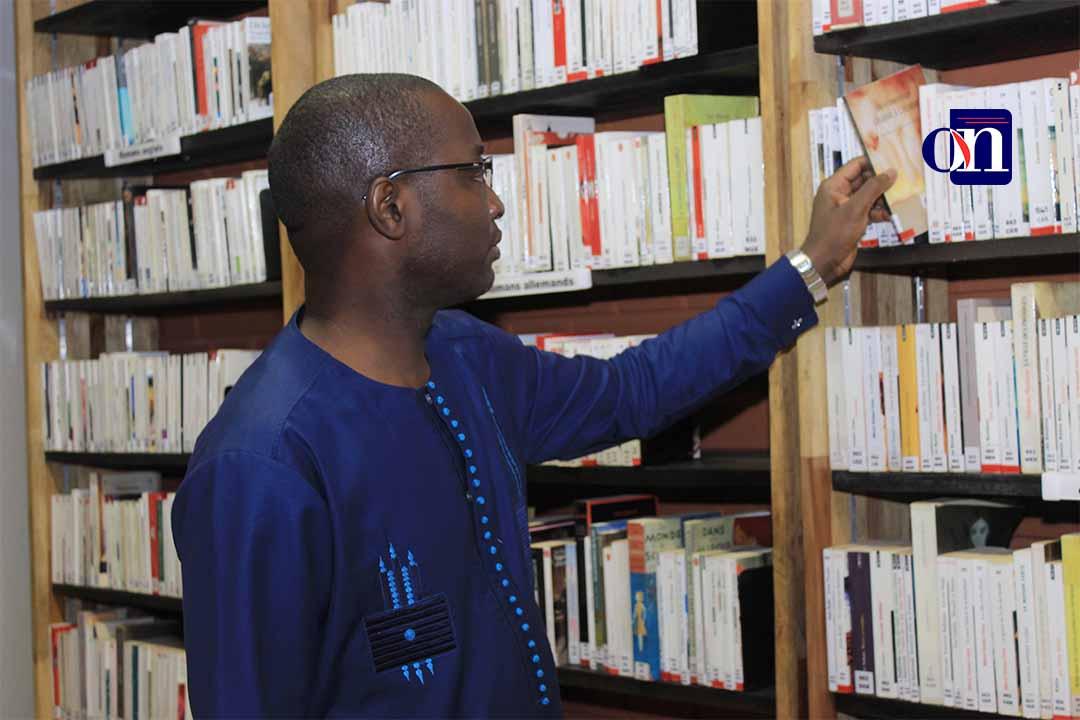 le Club Le Littéraire Togo vient en aide aux élèves le Club Le Littéraire Togo vient en aide aux élèves