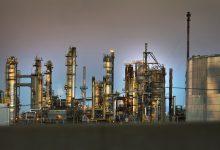 écologistes s'opposent à des forages pétroliers