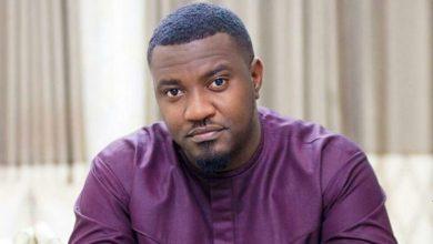 Photo of Ghana : John Dumelo paie les frais de scolarité de plus de 50 étudiants